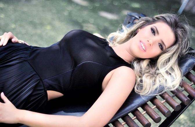 Thábata-Mendes-672x437
